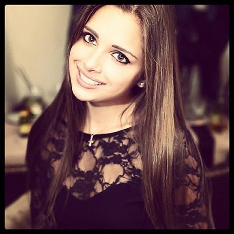 Смотрим на Каролина Севастьянова без одежды. Бесплатные секс фотки без порно