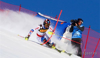Александр Хорошилов занял 5-е место в слаломе на ЧМ по горнолыжному спорту в Швейцарии (видео)