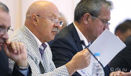 Владимир Алешин включен в почетную группу старейшин УЕФА