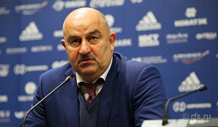Станислав Черчесов обсудил с Йохамим Лёвом предстоящий матч сборных России и Германии по футболу