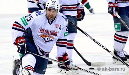 «Металлург» во второй раз переиграл «Ак Барс» в серии 1/2 финала плей-офф КХЛ