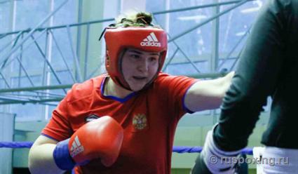 Российская спортсменка Кристина Ткачева вышла в полуфинал чемпионата мира по боксу среди женщин