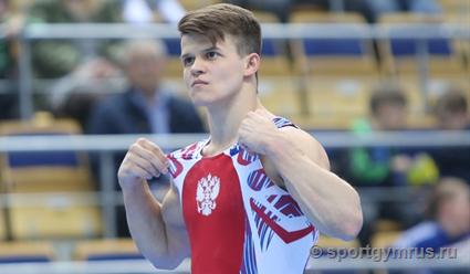 Гимнаст Дмитрий Ланкин выиграл серебро в упражнении на брусьях на этапе Кубка мира в Германии