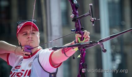 Ксения Перова выиграла золото на чемпионате мира по стрельбе из лука