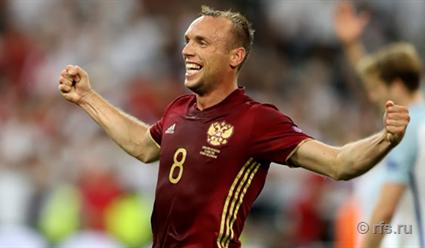 Денис Глушаков: Повеселились немного и пора переключаться на сборную России