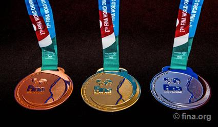 Корнел Маркулеску и Хулио Маглионе первыми получили медали ЧМ-2017 по водным видам спорта