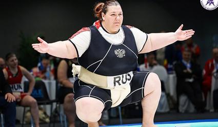 400 борцов из 20 стран участвует в чемпионате Европы по сумо в Казани