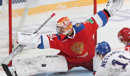 Сборная России по хоккею в серии послематчевых буллитов обыграла команду Чехии на Кубке Первого канала