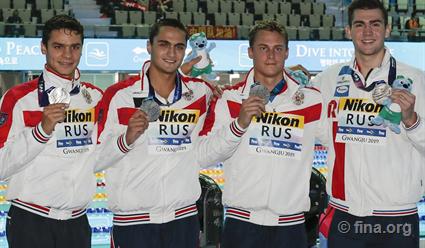Российские пловцы завоевали серебро в эстафете 4x100 м вольным стилем на ЧМ