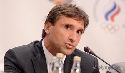 Максим Агапитов считает, что Тамаш Аян нарушает условия отстранения с поста президента IWF
