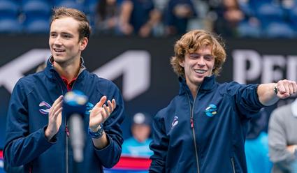 Даниил Медведев и Андрей Рублев стали победителями Кубка Лейвера