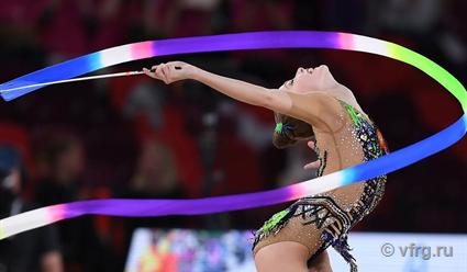 Россиянки продолжают собирать золото на ЧМ по художественной гимнастике среди юниорок в Москве