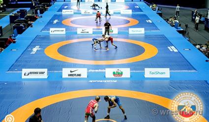 Российские борцы завоевали девять из десяти золотых медалей на турнире во Владикавказе