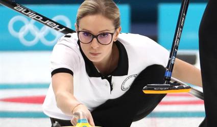 Россиянки обыграли сборную США и вышли в полуфинал чемпионата мира по керлингу